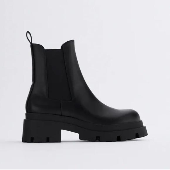 NWT Zara Low Heeled Lug Sole Ankle Boots